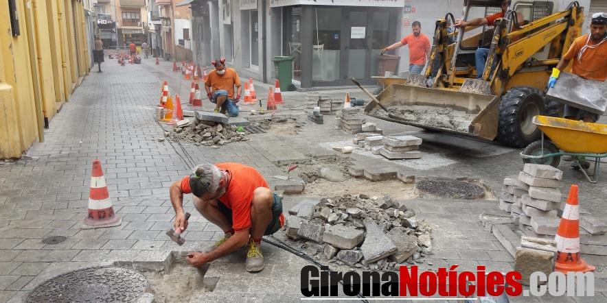 Arranjament i millora dels carrers Nou i Roda