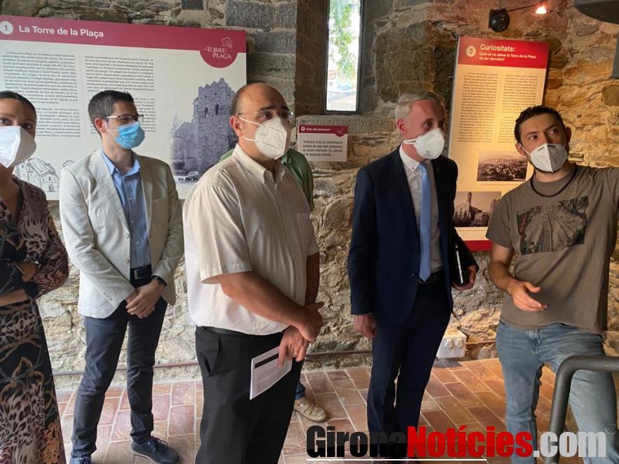 Exposició i el projecte de revitalització de la Torre de la Plaça