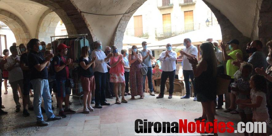 Besalú dona escalf a Lluís Guinó