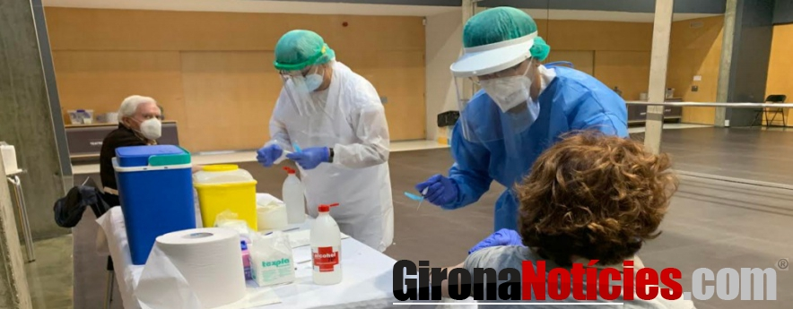alt - El Teatre Municipal de Roses acull la campanya de vacunacions contra la grip