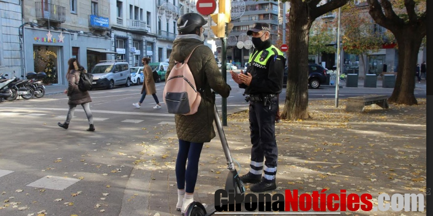 Control informatiu de la Policia Municipal de Girona