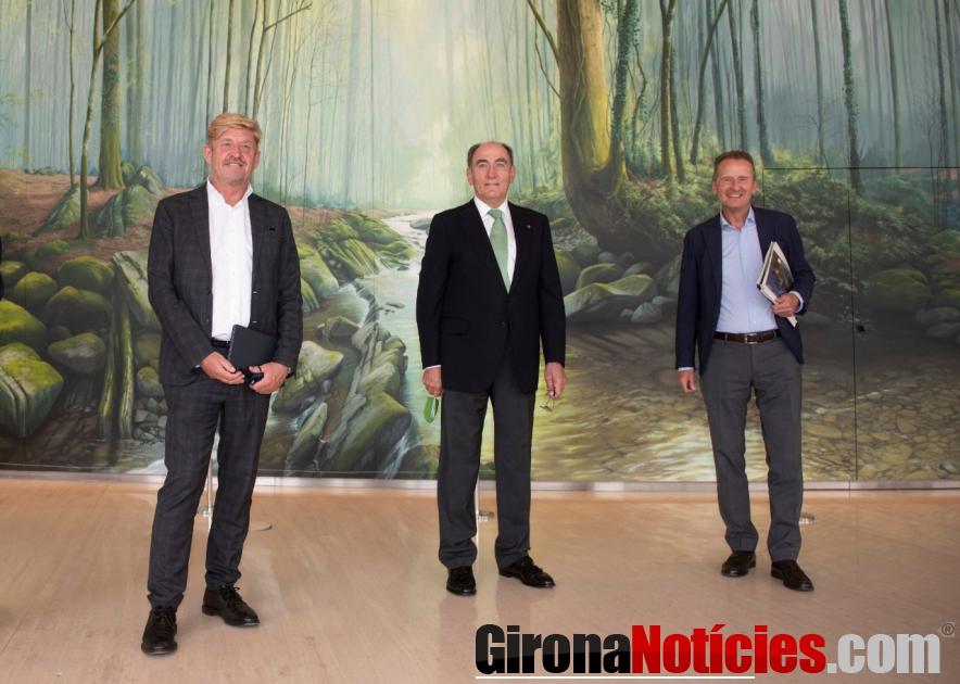 Wayne Griffiths, Ignacio Galán ,