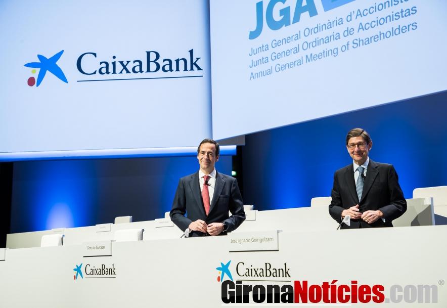 Gonzalo Gortázar y José Ignacio Goirigolzarri, en la Junta de Accionistas de CaixaBank