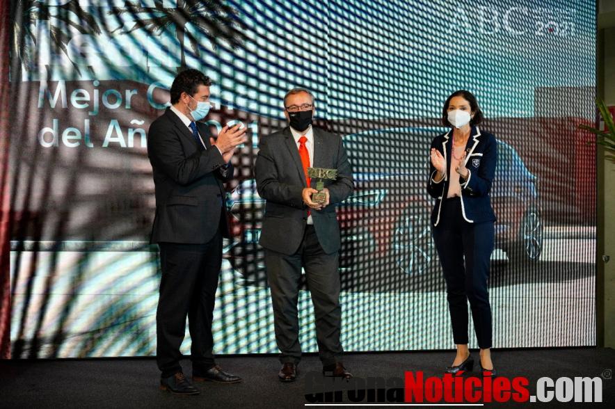 El SEAT León recibe el premio 'ABC Mejor Coche del Año 2021'