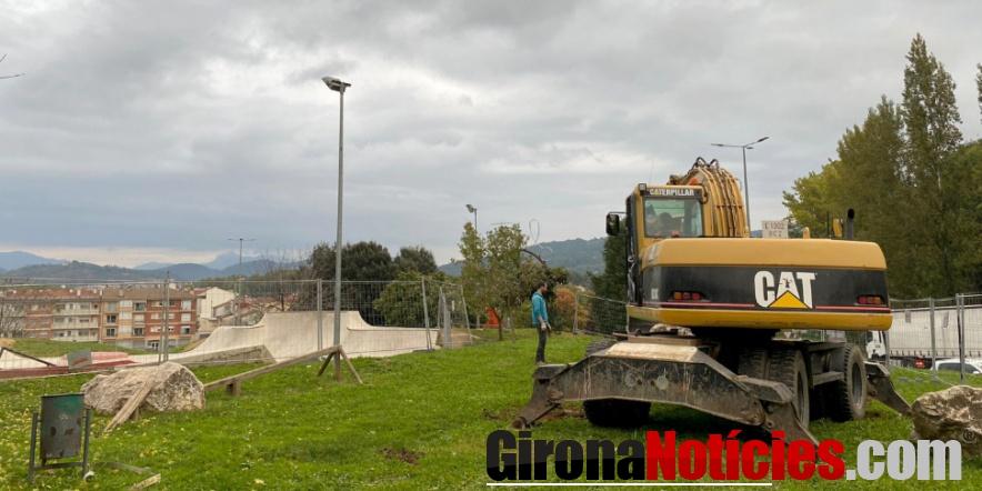alt - Obres d'ampliació de l'Skatepark
